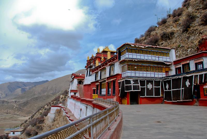 окрестности Лхасы, монастырь Дрикунг-Тил